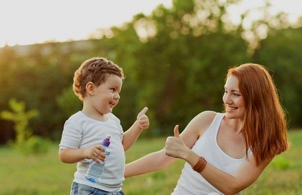 играть с малышом