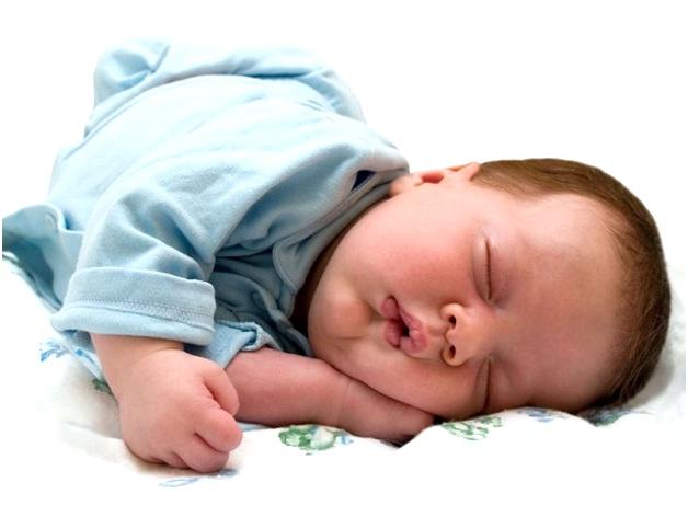 крепко спит