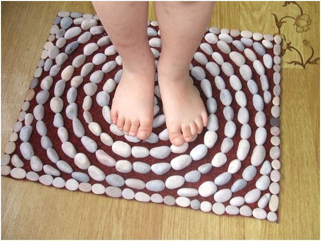 Как сделать массажный коврик для ног для ребенка своими руками