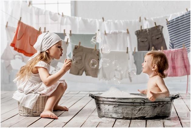 Чем стирать белье новорожденных