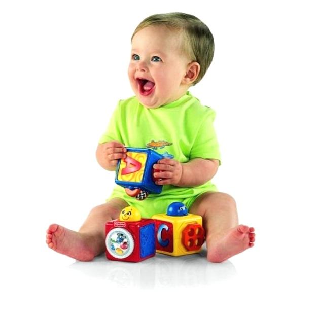 Чем занять ребенка в годик – варианты