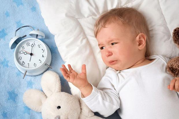 Режутся зубы температура что делать годовалый ребенок thumbnail