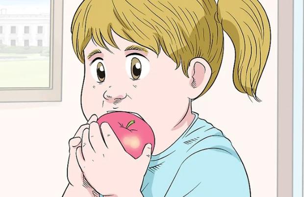 кушаем яблоко