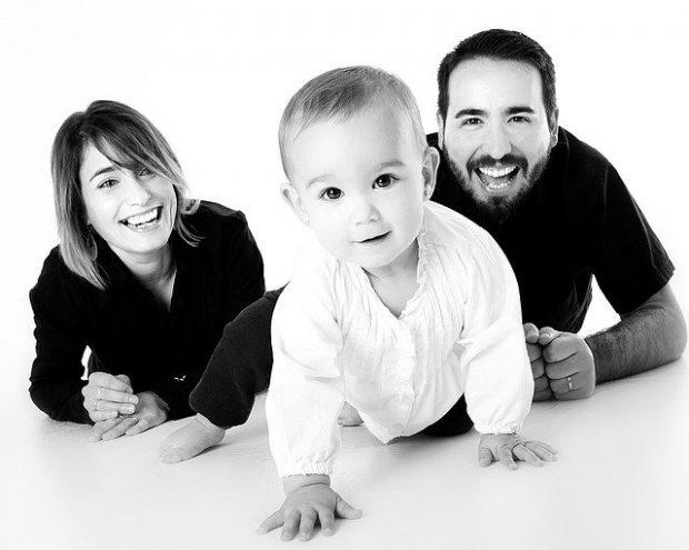 Бледный ребенок: на что маме стоит обратить внимание?